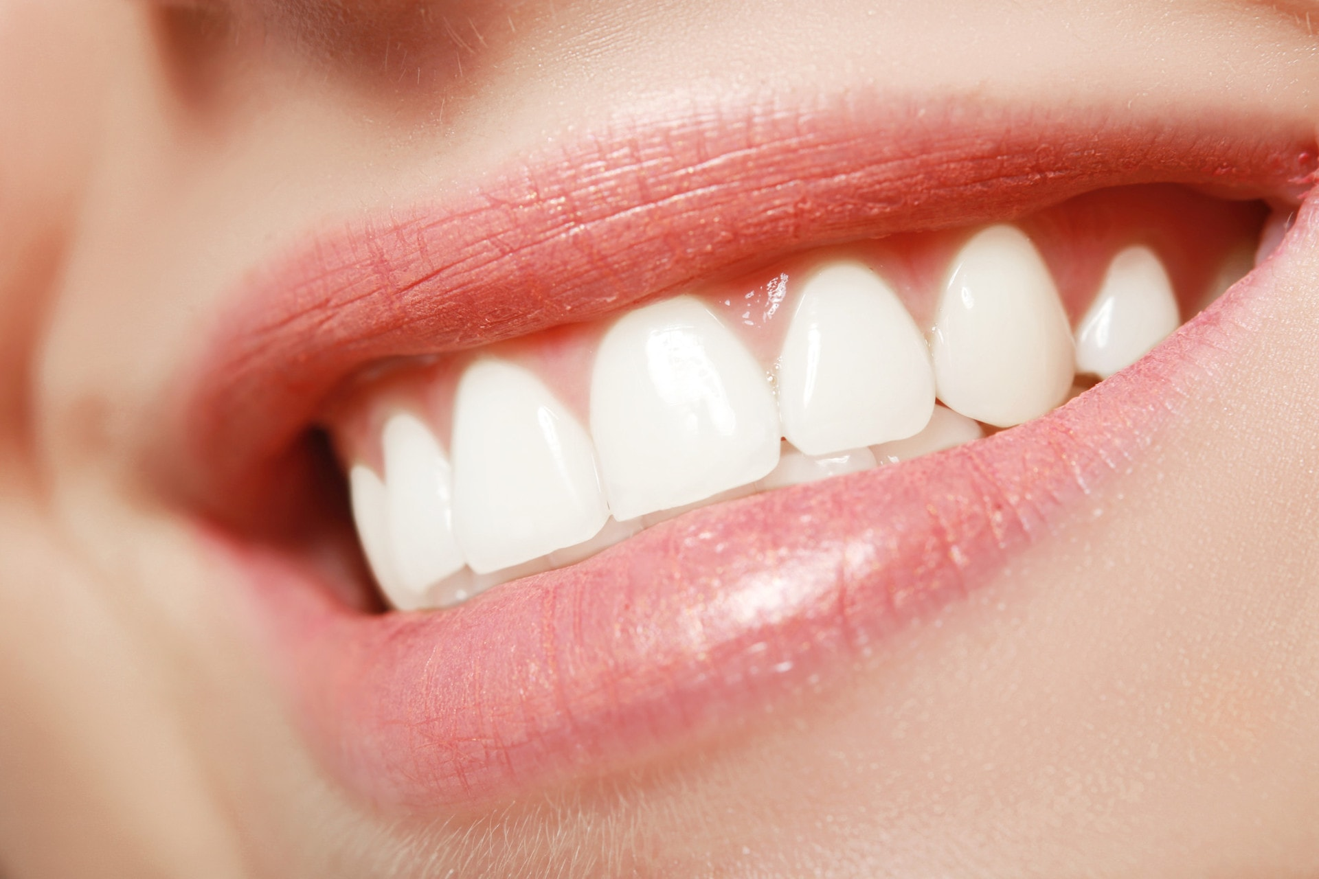 painless dentist procedures that leave you smiling